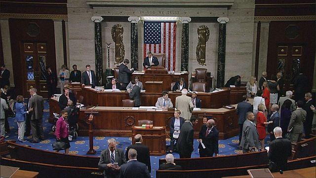 Câmara dos Representantes aprova novas sanções contra a Rússia