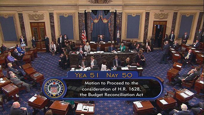 """Trump elogia Senado por aprovar discussão da substituição do """"Obamacare"""""""