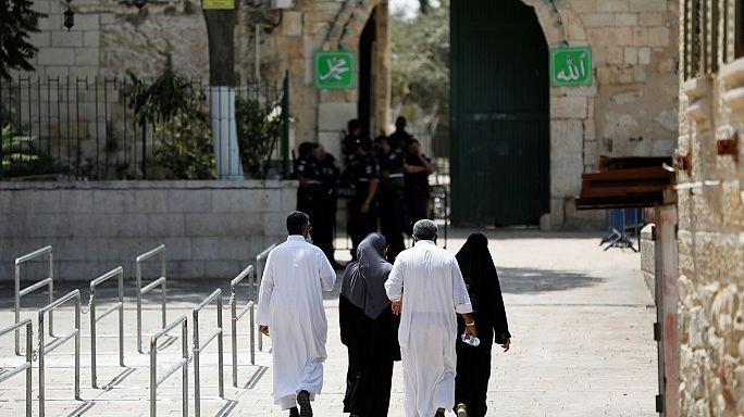 Abbas exige retirada das medidas de segurança na Esplanada das Mesquitas