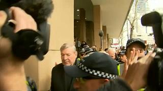 El cardenal Pell comparece ante la justicia australiana