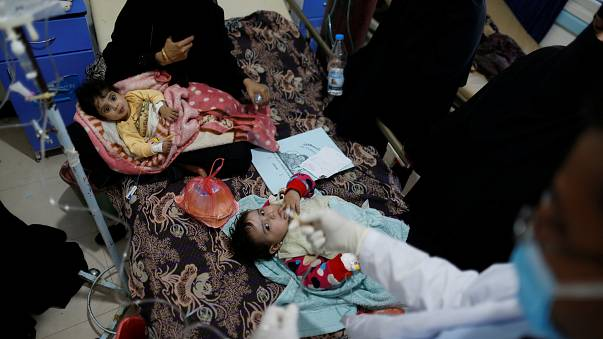 Yemen'deki kolera salgını iki bin can aldı