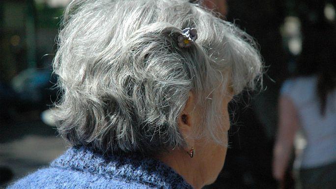 للمرأة بعد سن الخمسين حيـاتها الجنسية أيضا