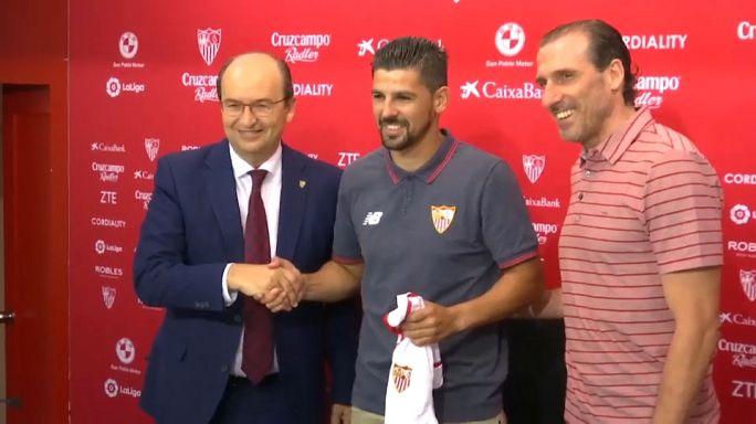 FC Sevilla präsentiert Nolito