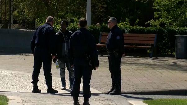 Calais : les migrants régulièrement victimes de gaz poivre, selon HRW