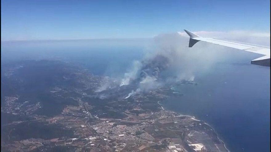 Fogos castigam o sul de França