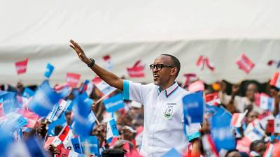 Rwanda's presidential hopefuls rally supporters ahead of election