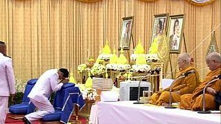 تعرفوا على احتفالات عيد ميلاد ملك تايلاند