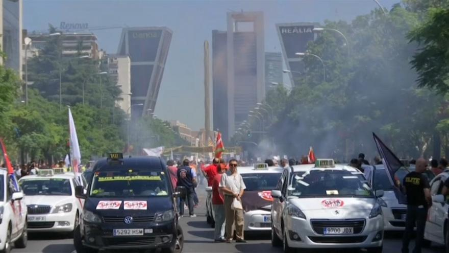 Huelga de taxistas en Madrid y Barcelona