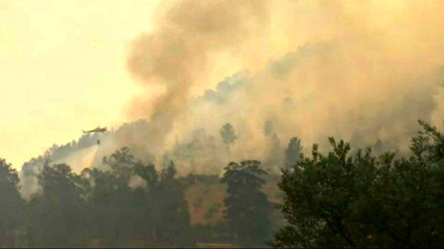 Dias sem tréguas para os bombeiros portugueses
