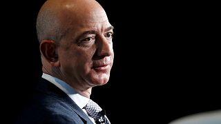 Jeff Bezos 90 milyar dolar serveti ile Bill Gates'i geride bıraktı
