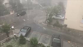 Стамбул под градом и ливнем