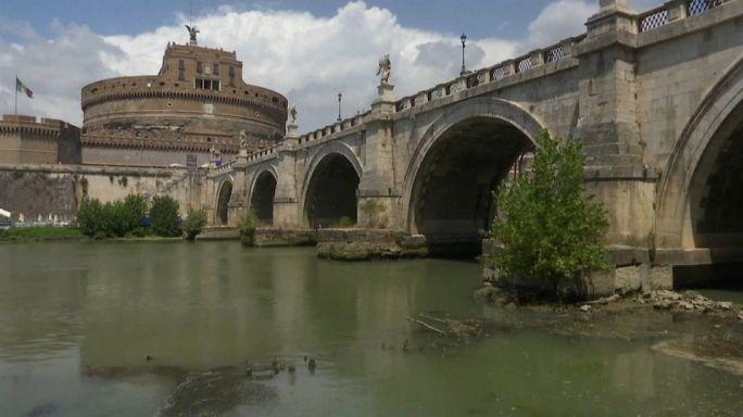 Tempo agli sgoccioli: Roma verso il razionamento