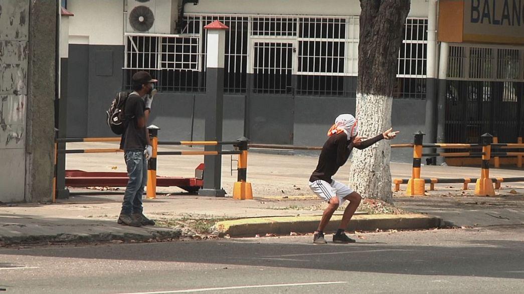 Venezuela: az elnök minden tüntetést betiltott