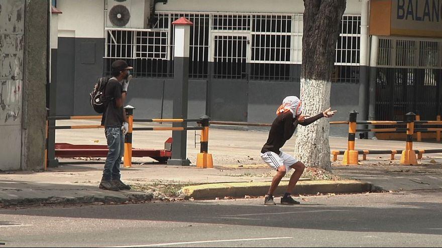 La oposición venezolana llama a la toma del país tras la prohibición a manifestarse