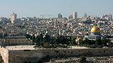 إسرائيل تمنع الفلسطينيين دون 50 عاما من اداء الصلاة بالأقصى