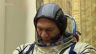 Üçüncü kez uzaya çıkacak astronotun hayali helikopter ehliyeti almak