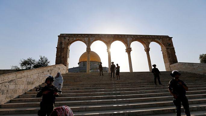 İsrail 50 yaş altı Müslümanların cuma namazı için Mescid-i Aksa'ya girişini yasakladı
