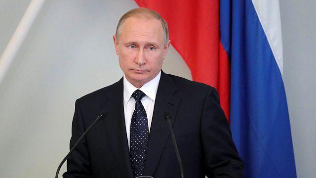 Putyin: az új szankciók bevezetése provokáció