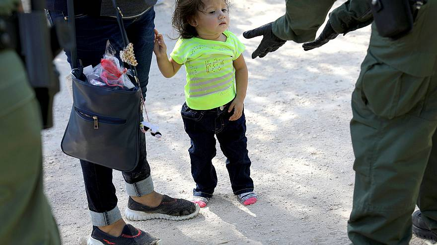 Image: Border Patrol Agents Detain Migrants Near US-Mexico Border