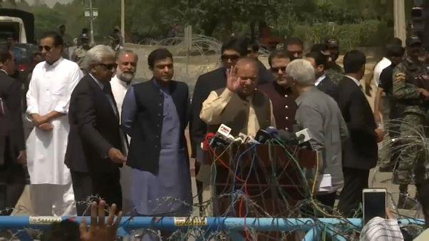 Pakistan : le Premier ministre destitué