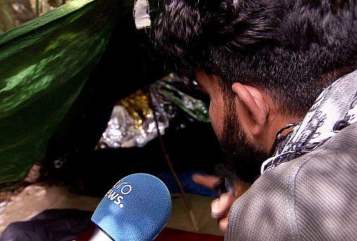 Calais-ben még százak várják, hogy Angliába mehessenek