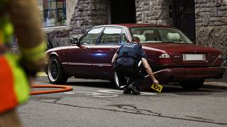 Хельсинки: двое россиян пострадали при наезде автомобиля на толпу