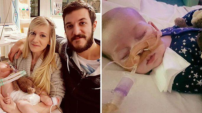 """È  morto Charlie Gard, i genitori:""""Siamo così orgogliosi di te"""""""