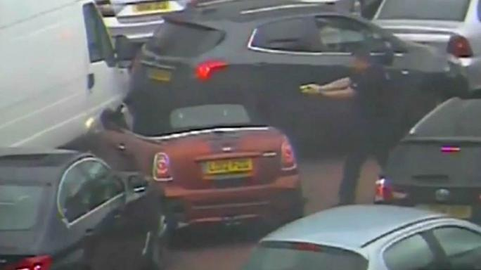 Burglar foiled by police after driving into heavy traffic