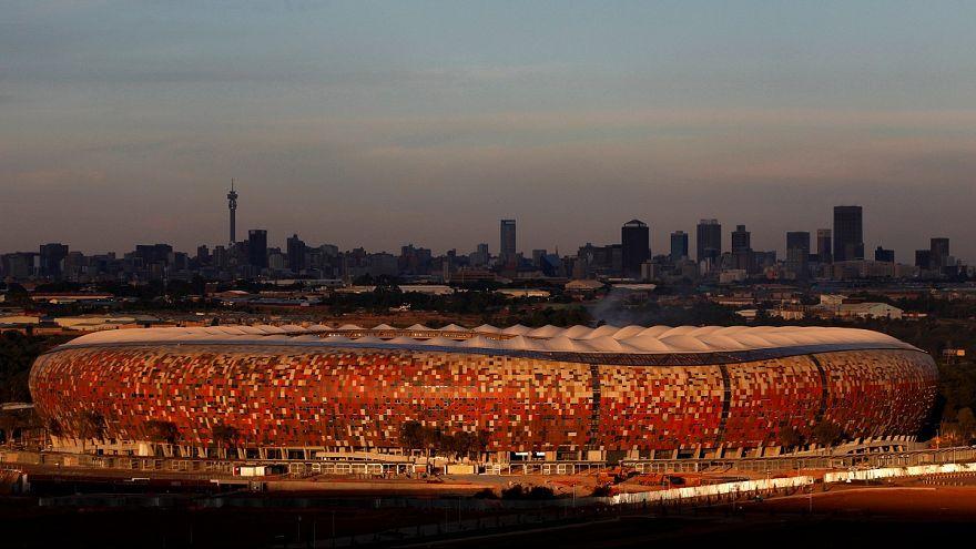 ازدحام جمعیت در بزرگترین ورزشگاه آفریقای جنوبی جان دو تن را گرفت