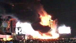 اسبانيا: اجلاء 22 ألف شخص إثر اندلاع حريق خلال مهرجان موسيقي