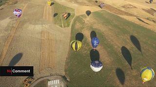 Υπερθέαμα με αερόστατα στην Ιταλία