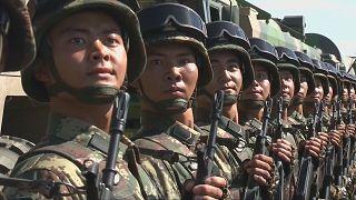 Forças militares chinesas preparam nonagésimo aniversário