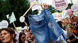 المرأة التركية تشارك في احتجاج الحقوق في اسطنبول
