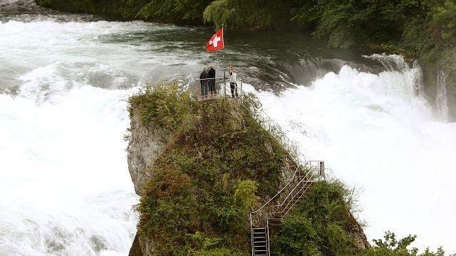 Unwetter in Schweiz und Deutschland: Zu sehen in 10 Tweets