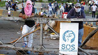 Venezuela: Gewalt und mindestens 10 Tote bei umstrittener Abstimmung