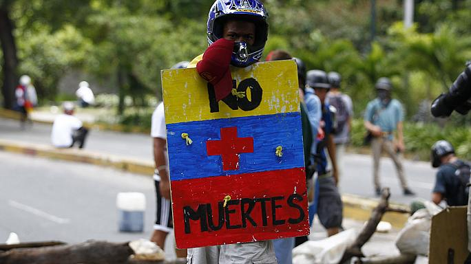 Venezuela apura 41% de participação nas eleições da Constituinte