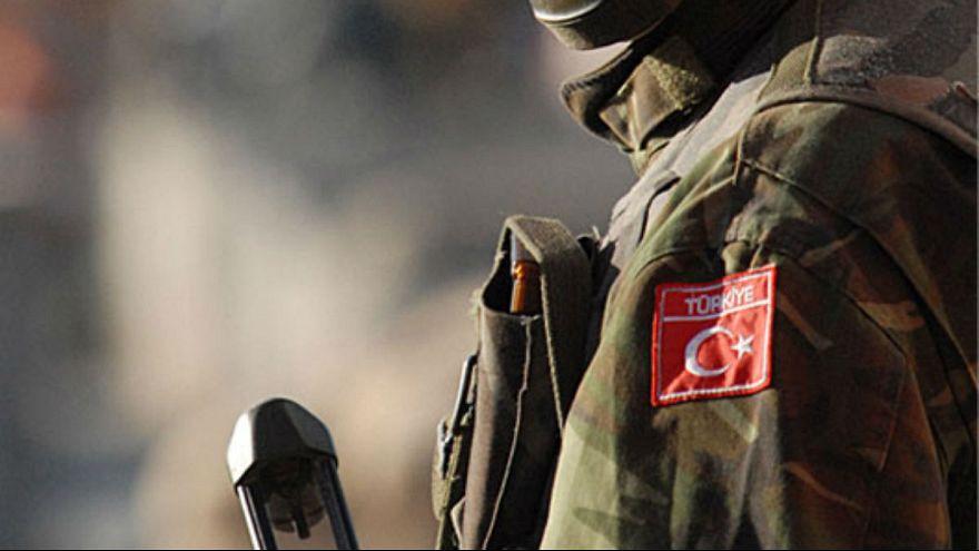 Suriyelileri darp eden askerlere tutuklama