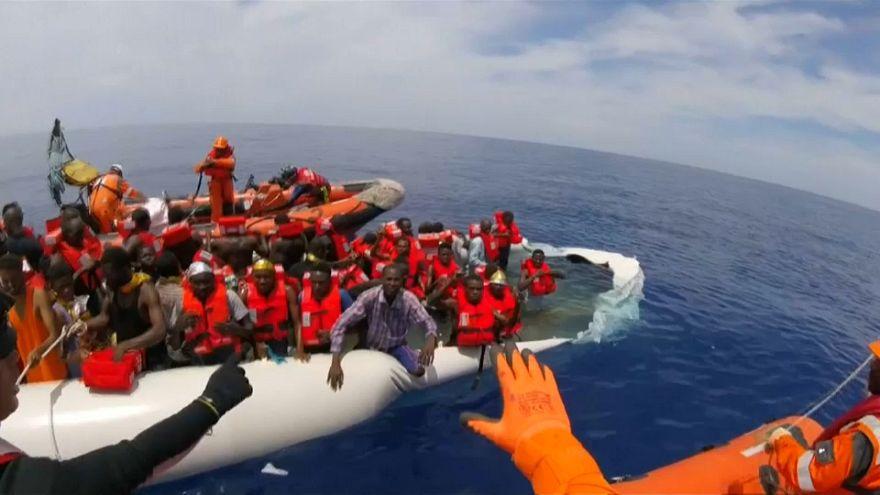 Perpatvar a mentés körül a Földközi-tengeren