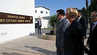 Στην Κύπρο η υπουργός Άμυνας της Ιταλίας