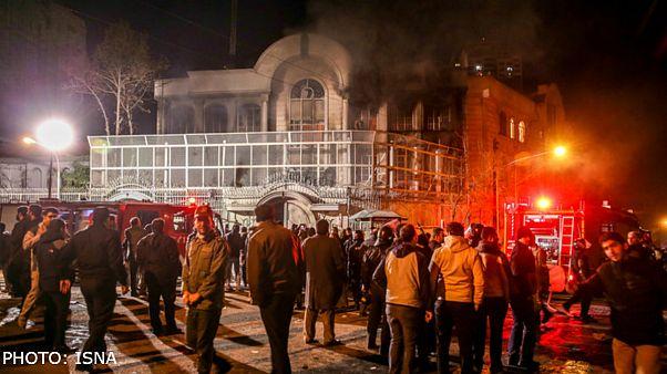 مقام سعودی: ایران در تحقیق درباره حمله به سفارت وقت کشی کرده است