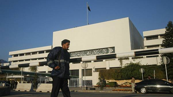 پارلمان پاکستان شاهد خاقان عباسی را به مقام نخست وزیری منصوب کرد