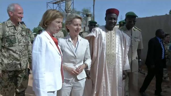 Paris et Berlin affichent leur alliance au Sahel