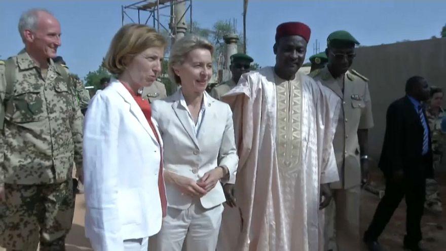 Paris et Berlin affichent leur alliance au Sahel