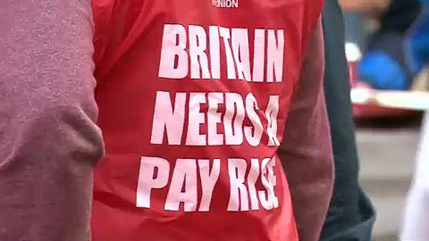Béremelésért sztrájkolnak a Bank og England dolgozói