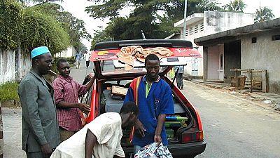 Côte d'Ivoire: un chauffeur de taxi tué par des badauds