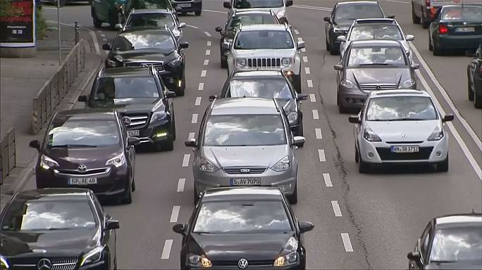 German government and carmakers hold 'diesel summit'
