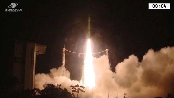 Vega porta in orbita due satelliti