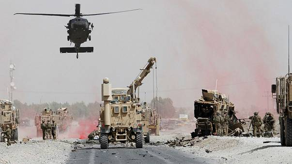 Katonai konvoj mellett robbantottak Afganisztánban