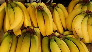 Three busted in attempt to use bananas to smuggle $45 into S. Africa jail