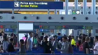 Los nuevos controles ponen a prueba los aeropuertos europeos